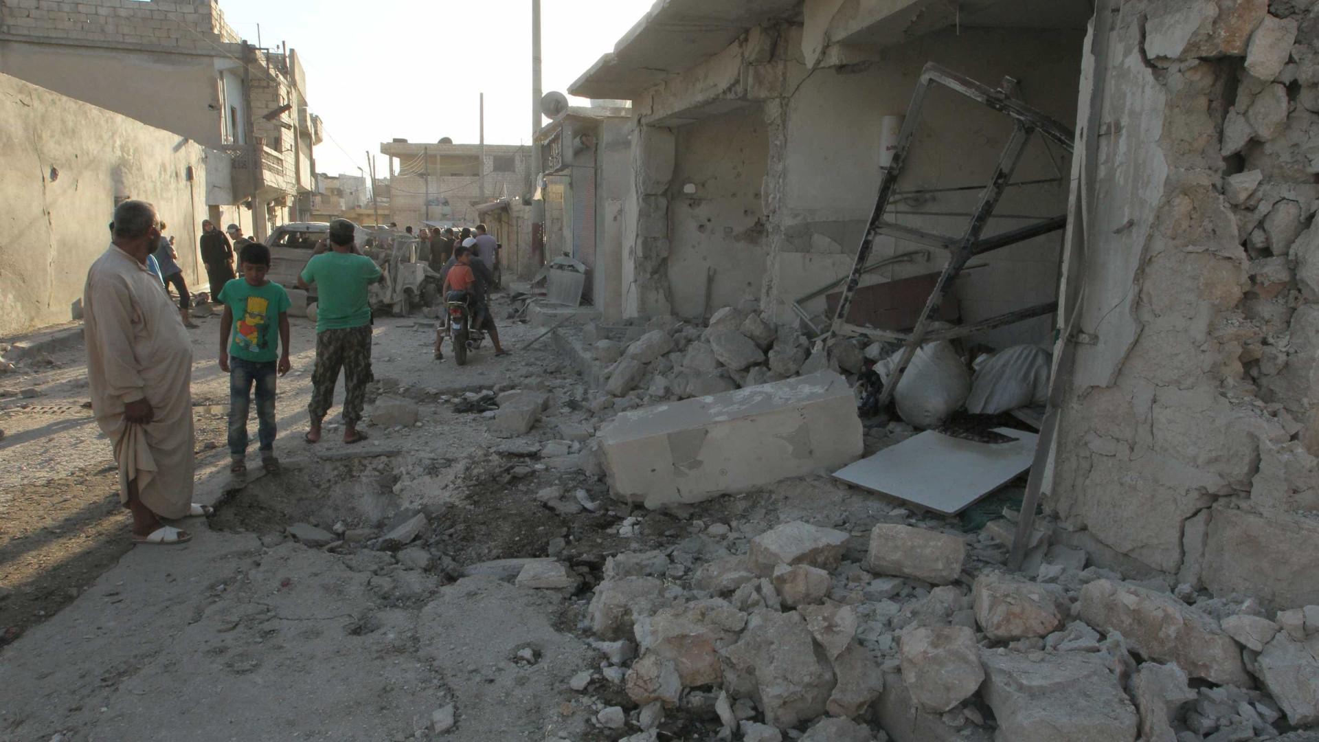 Explosão em depósito de armas mata 39 pessoas na Síria