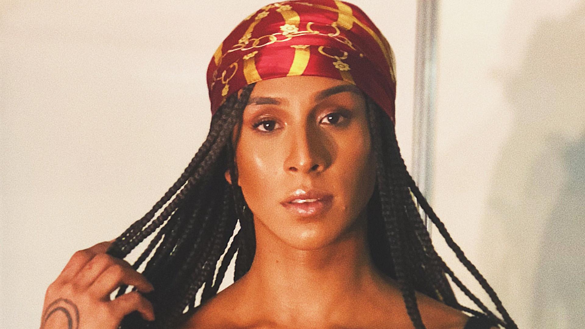 Linn da Quebrada diz que isolamento social já era comum para trans