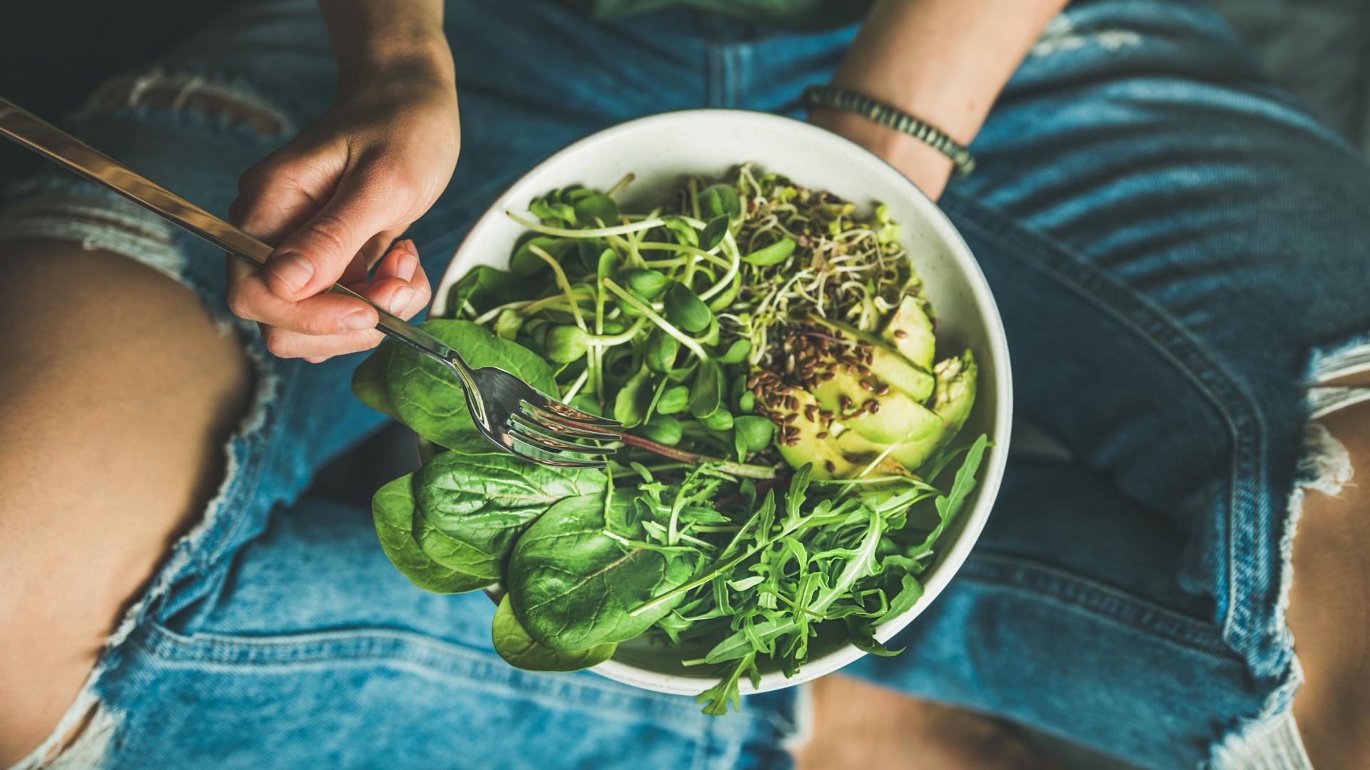 Dieta do microbioma ajuda na digestão; conheça