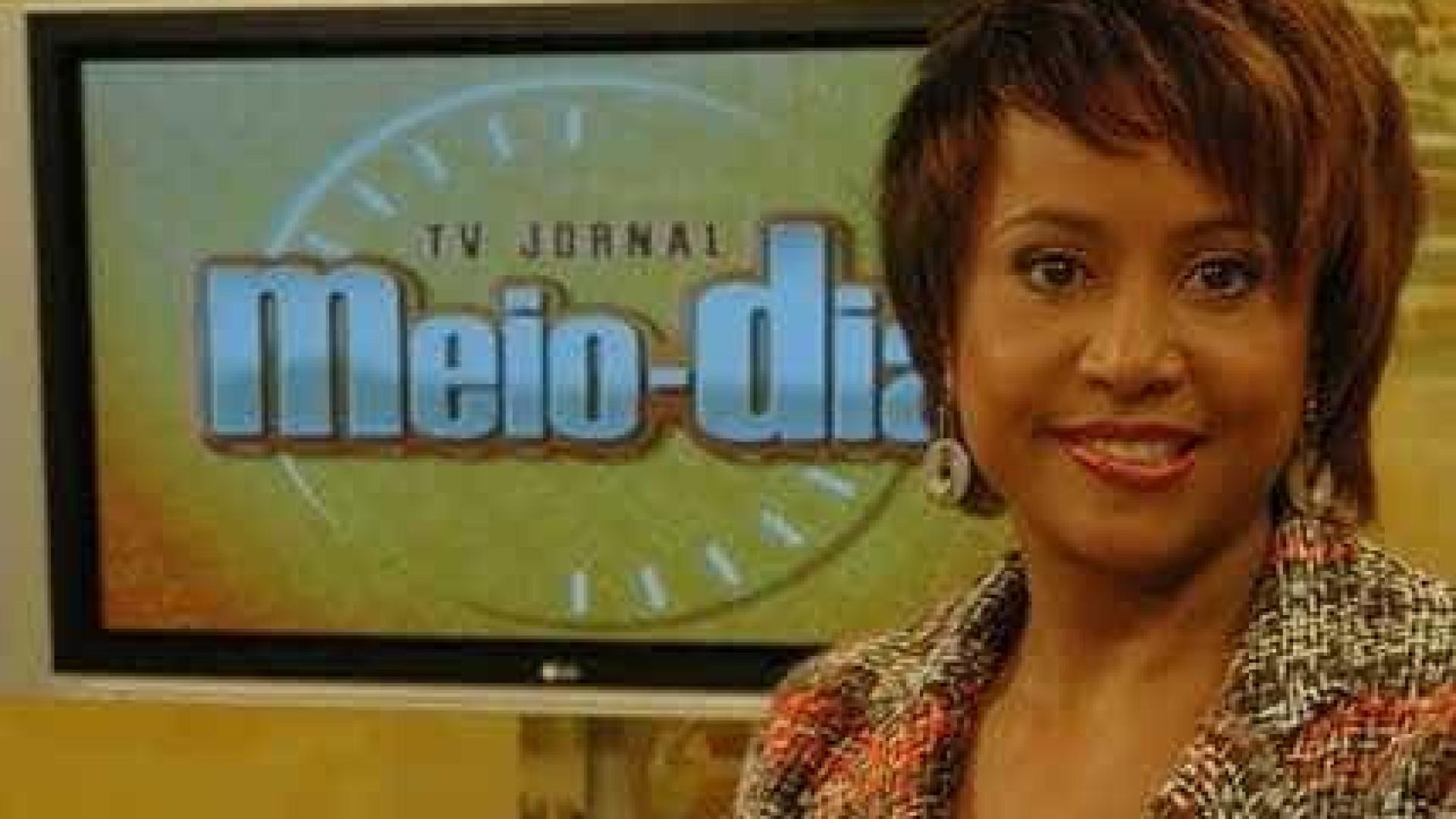 Apresentadora de telejornal tem parada cardíaca e é internada em PE