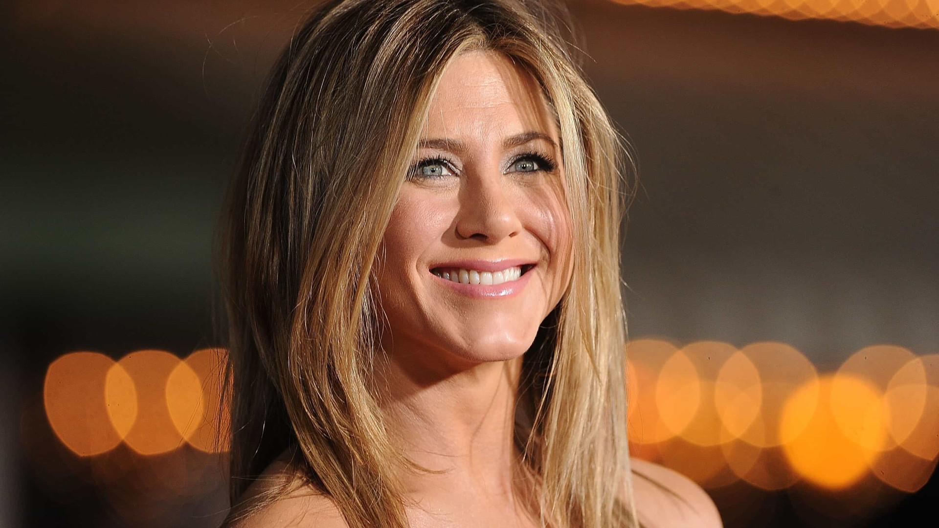 Jennifer Aniston cria perfil no Instagram com lembrança de 'Friends'