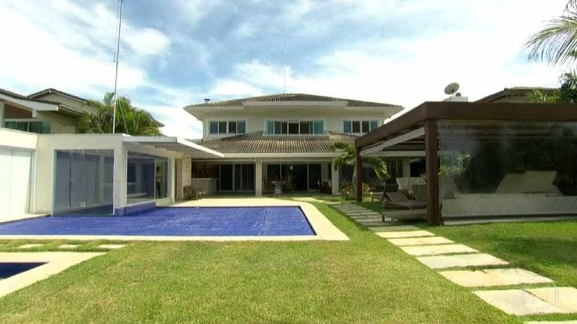 Casa de Cabral é leiloada por R$ 6,4 milhões