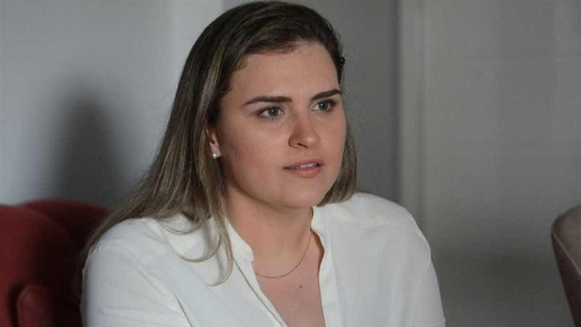 Marília Arraes (PT) vota no Recife em disputa acirrada com o primo João Campos (PSB)