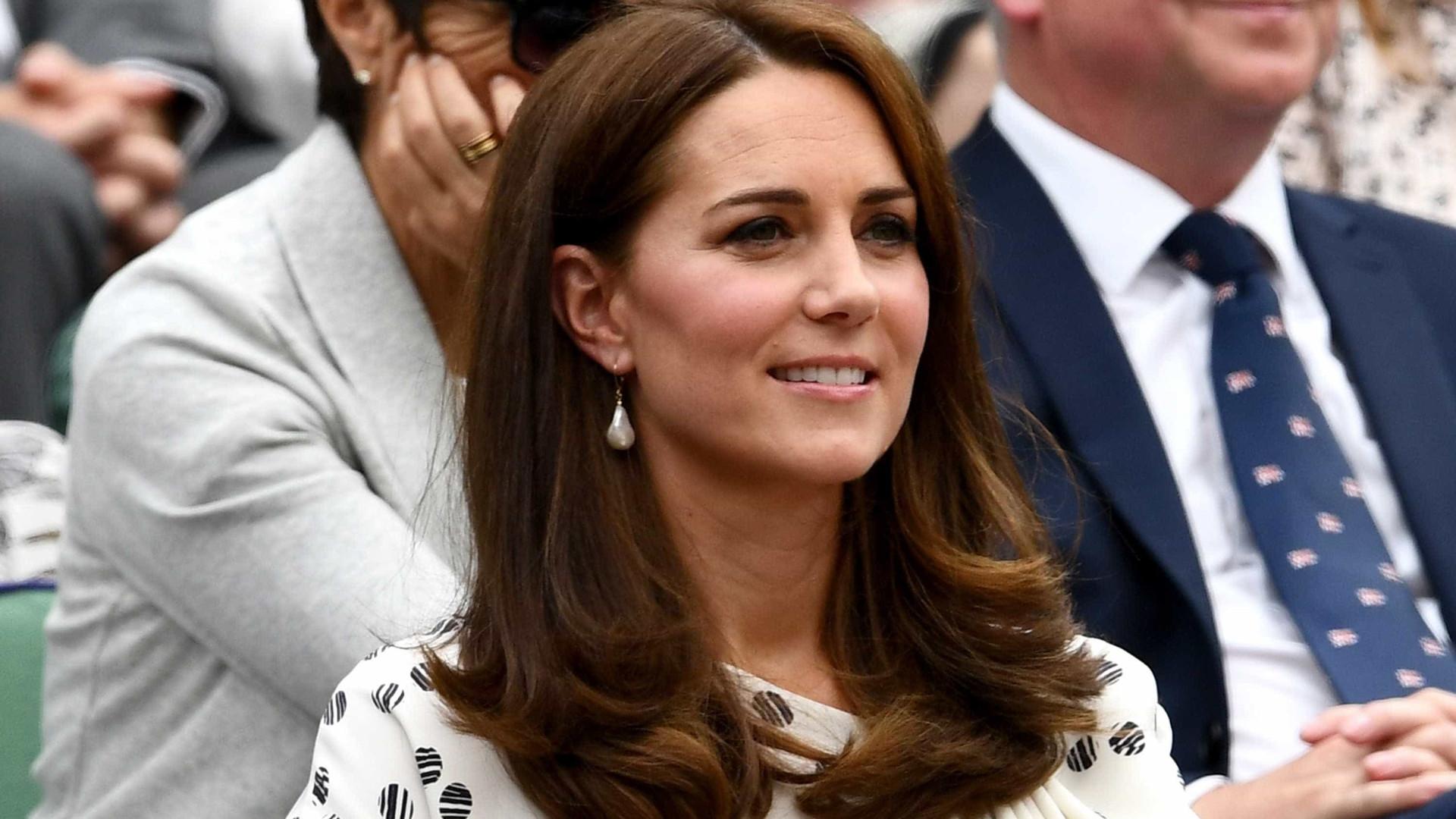 'Apoio acaba depois do 1º ano', diz Kate Middleton sobre maternidade