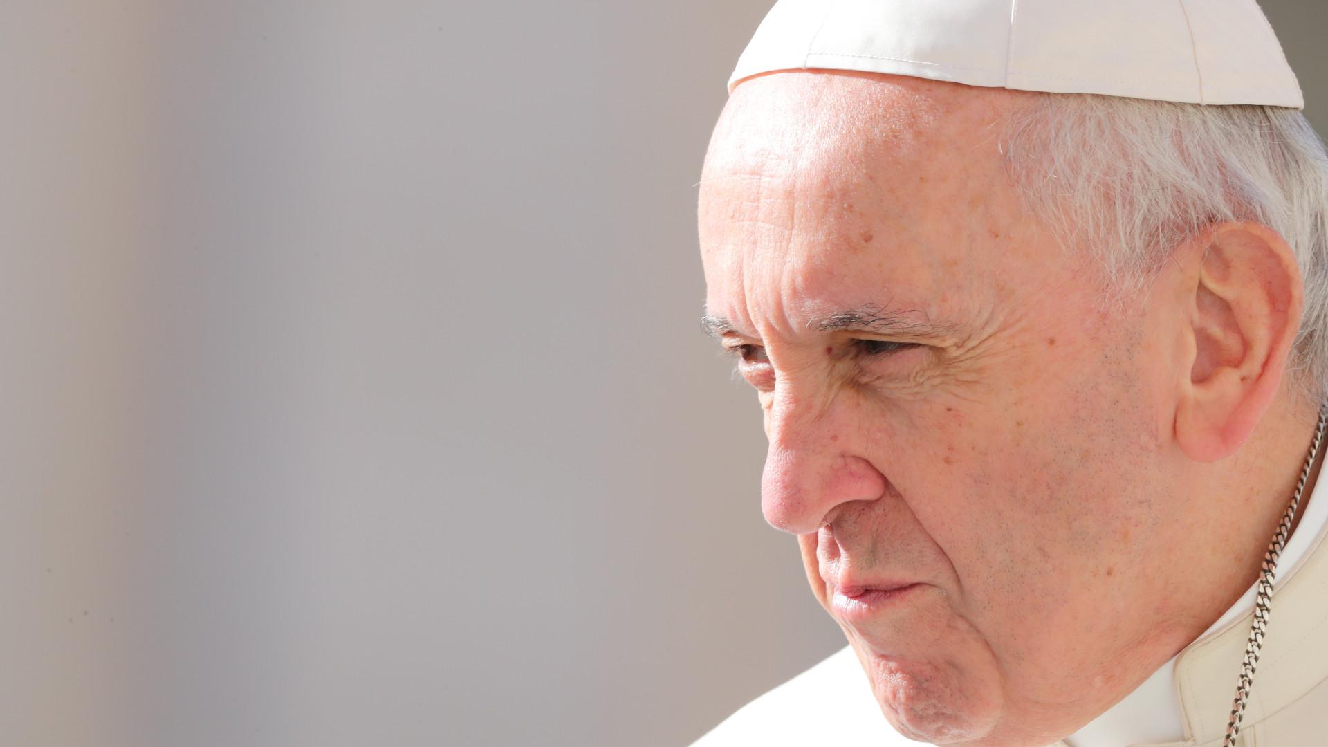 Papa lamenta que o ano tenha começado com tensões e violência no mundo