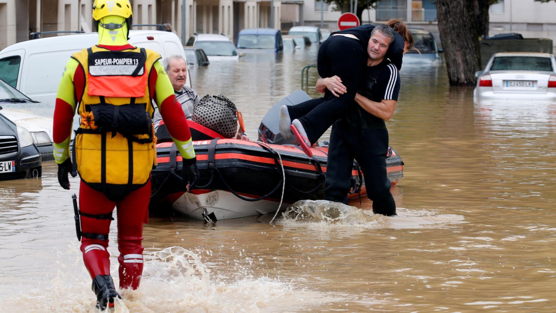 França declara estado de desastre natural devido a inundações
