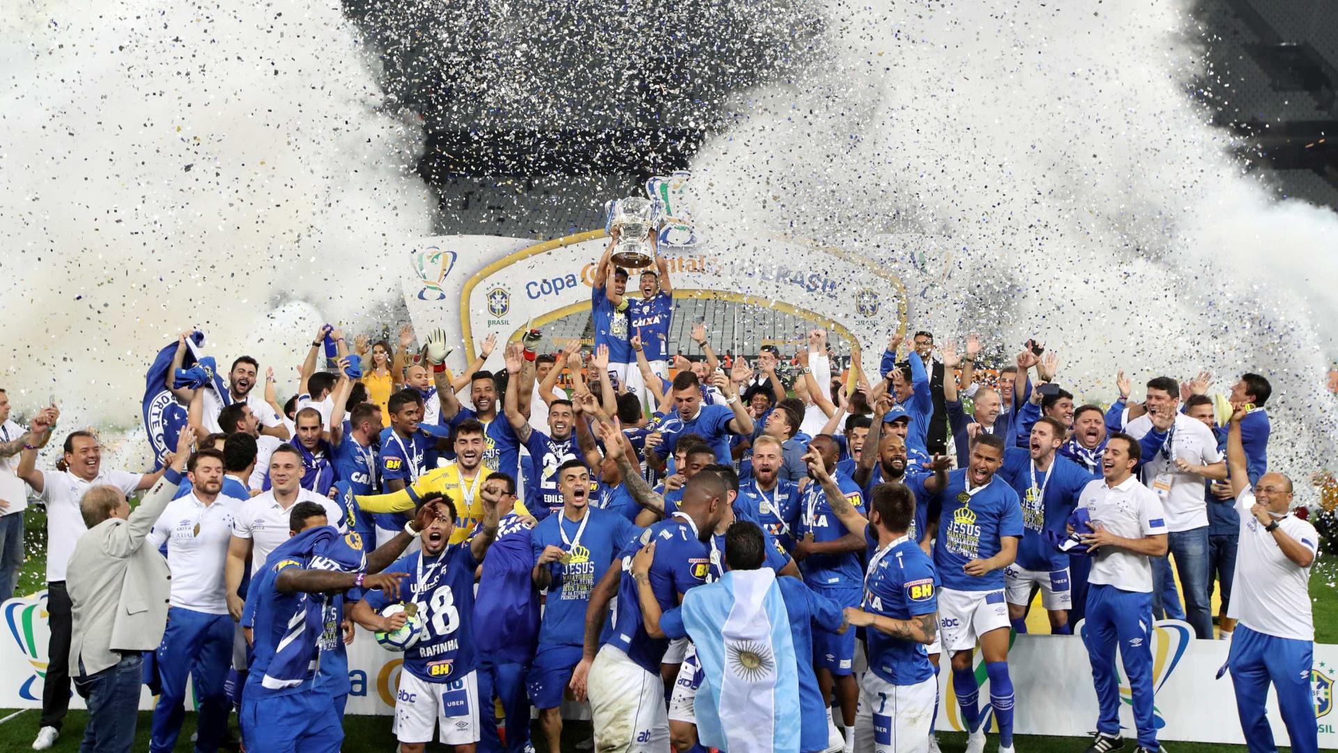 Cruzeiro vence Corinthians e é hexa da Copa do Brasil