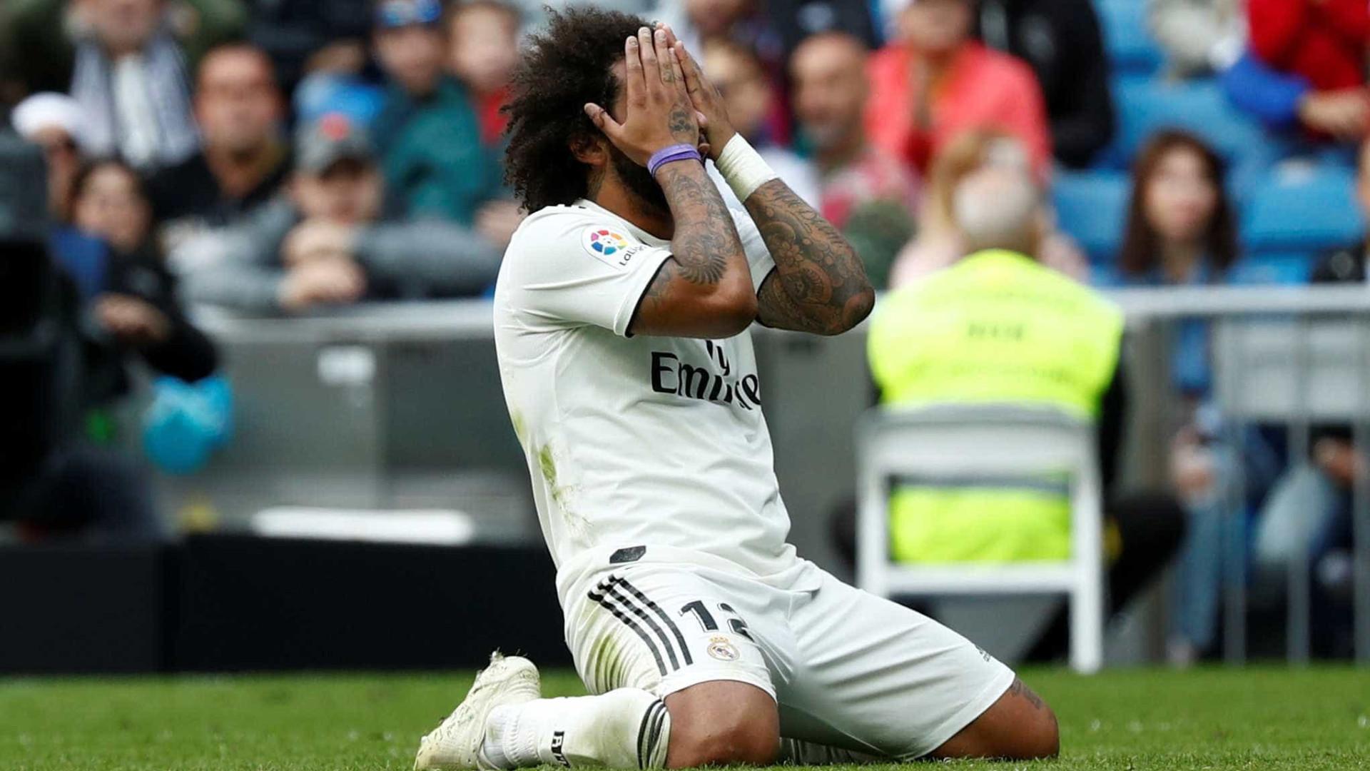 Marcelo sofre lesão e vira dúvida no Real para clássico com o Barça