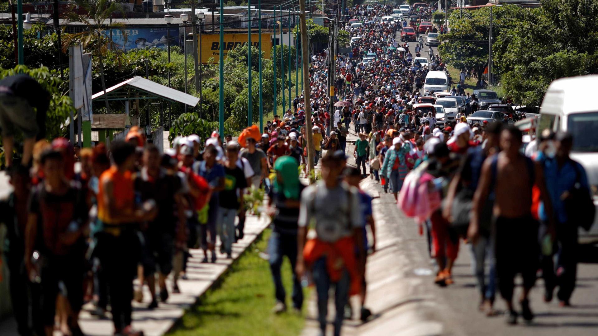 Inteligência dos EUA monitorou jornalistas que seguiram migrantes