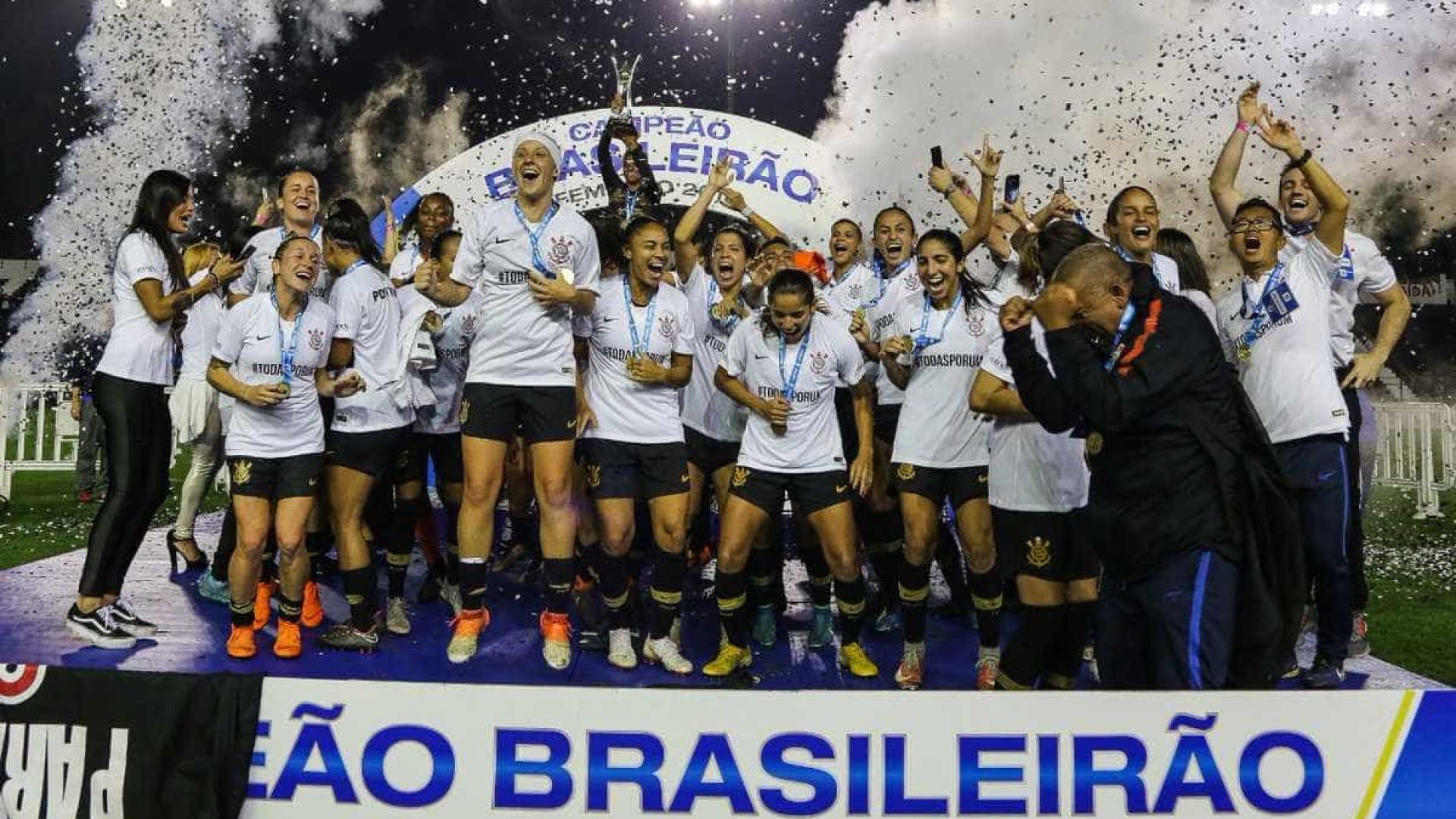 Com recorde de público, Corinthians é campeão paulista no feminino