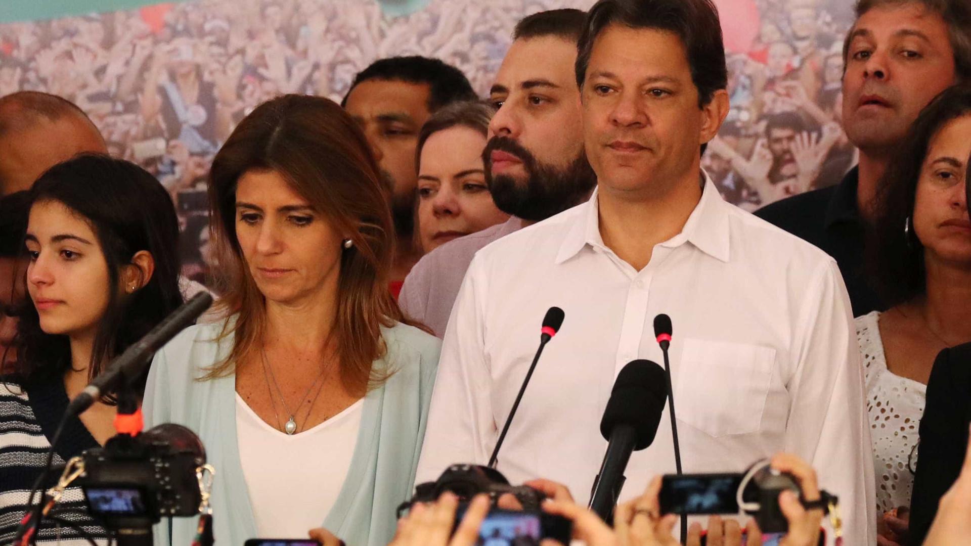 Haddad muda de ideia e parabeniza Bolsonaro: 'País merece o melhor'