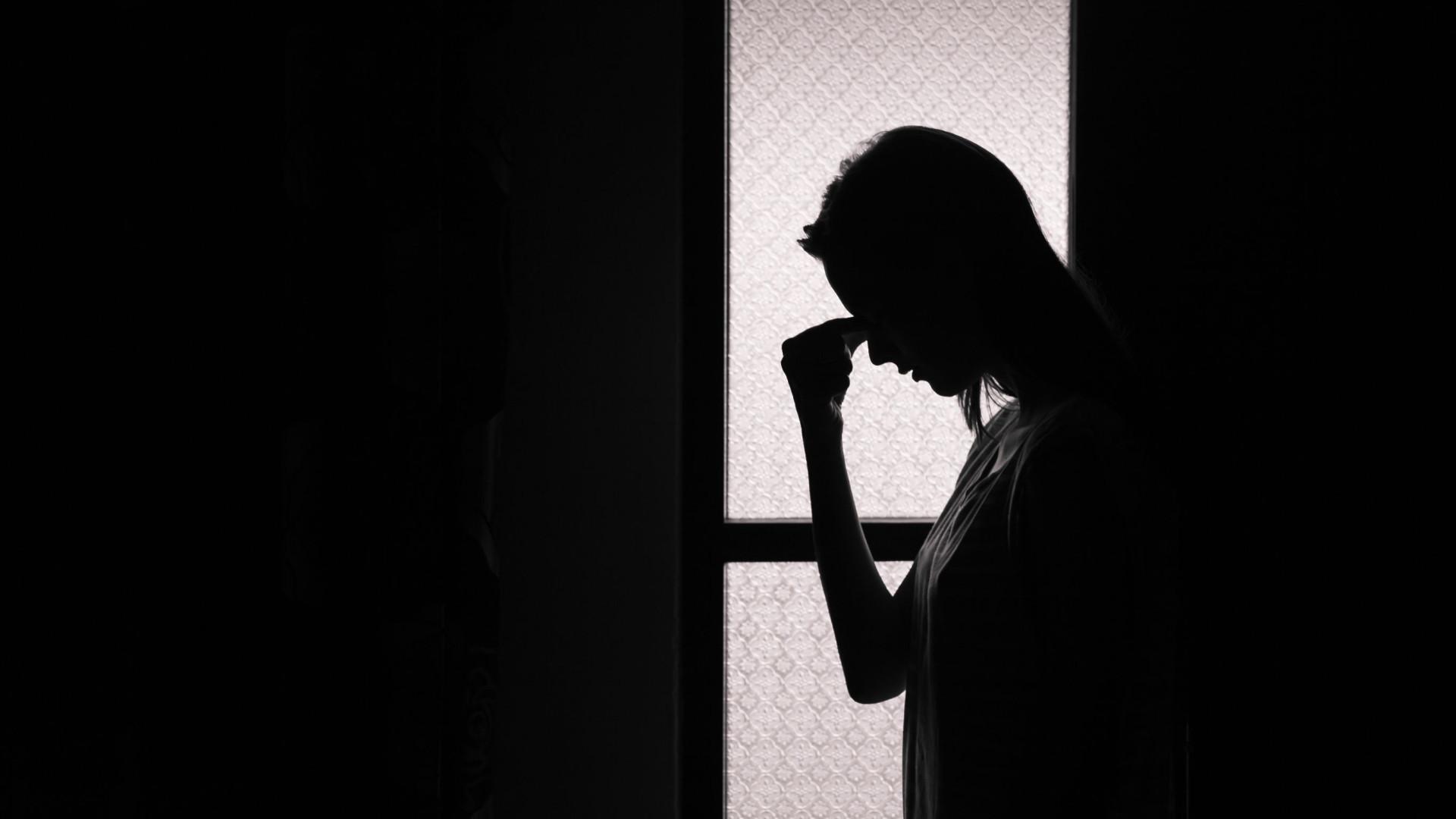 Depressão e ansiedade podem causar dores crônicas, diz OMS