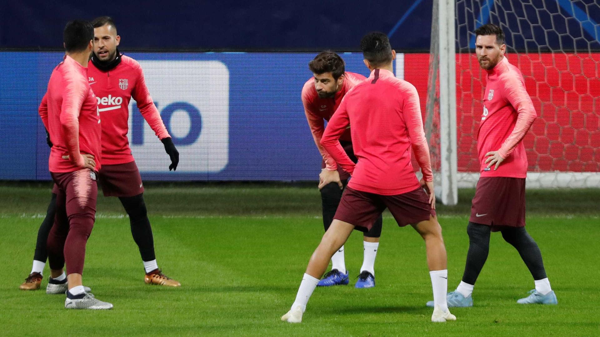 Com Messi relacionado, Barcelona busca vaga antecipada na Champions