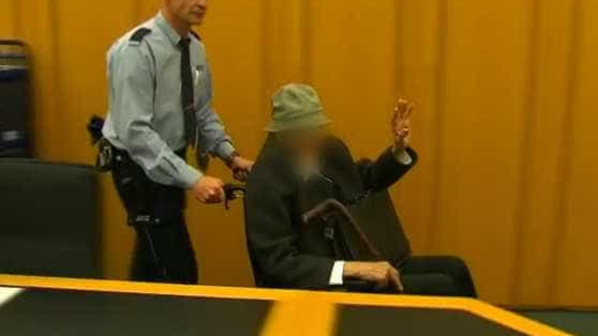 Ex-guarda de campo de concentração é julgado na Alemanha