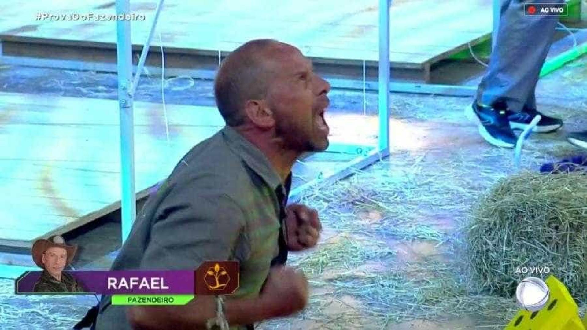 Rafael Ilha vence prova e se torna o novo fazendeiro em 'A Fazenda'
