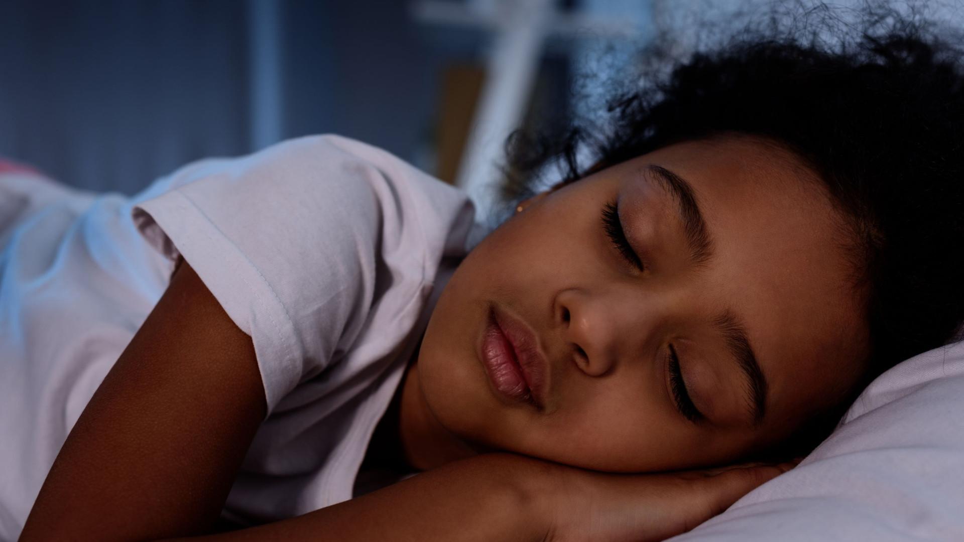 8 hábitos de sono que melhoram o desenvolvimento das crianças