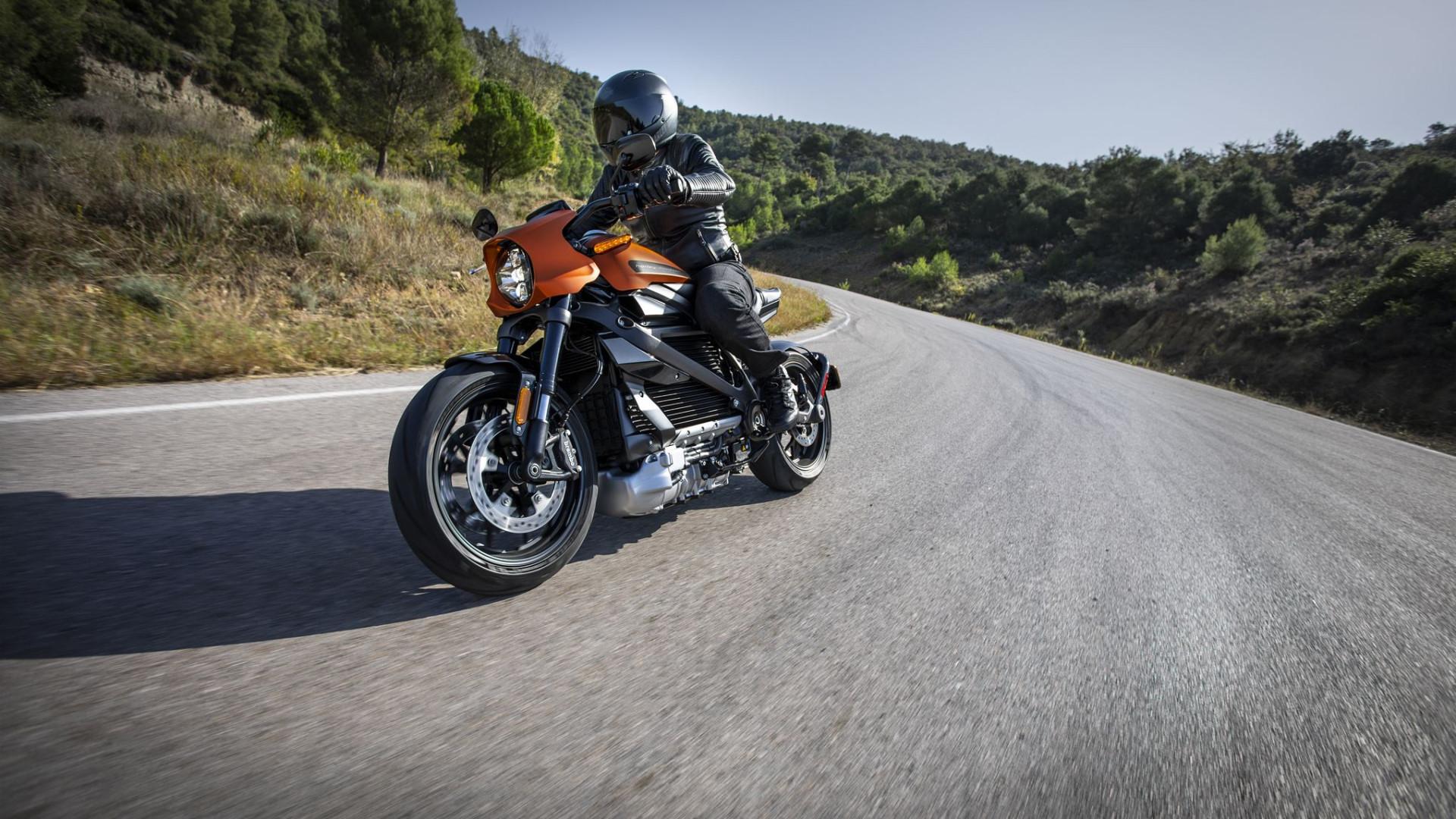 Harley-Davidson suspende produção de motos elétricas
