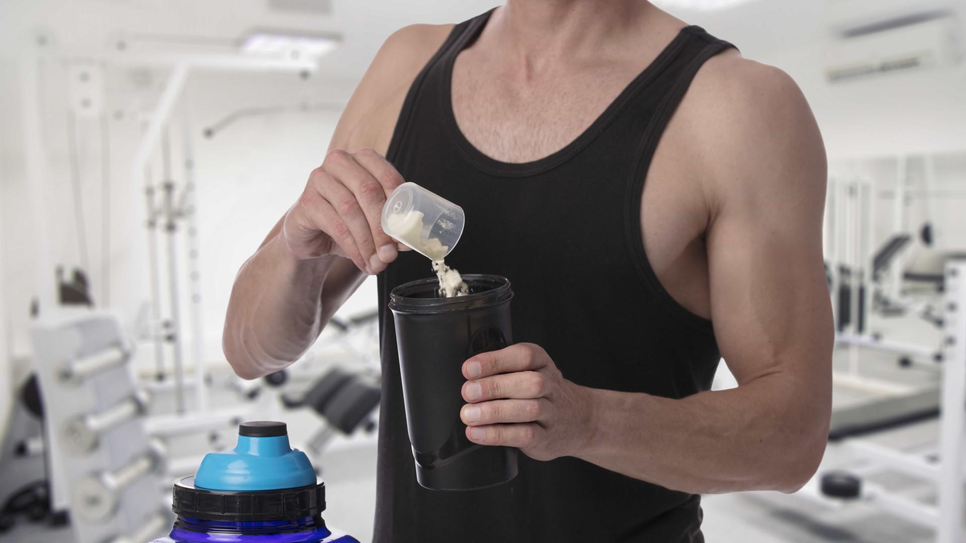 Suplemento da proteína do leite pode causar picos de insulina e acne
