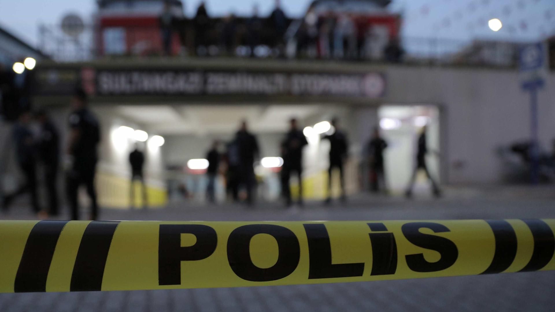 Explosão mata sete soldados e fere 25 na Turquia