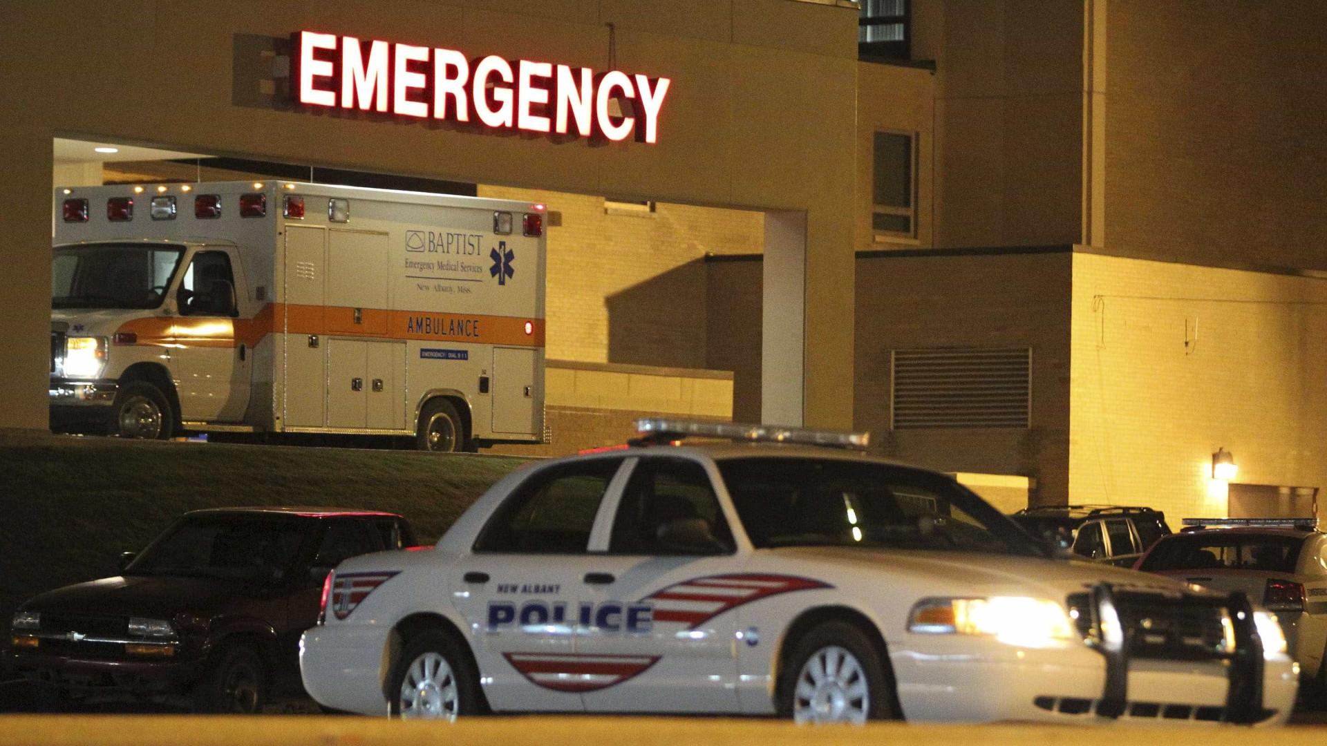 Acidente com ônibus deixa dois mortos e 44 feridos nos EUA