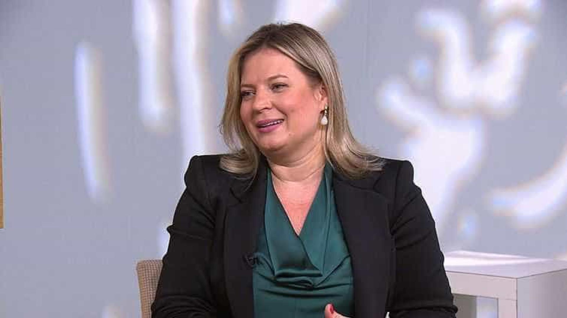 Em CPMI, Joice acusa filhos de Bolsonaro de controlar milícias virtuais