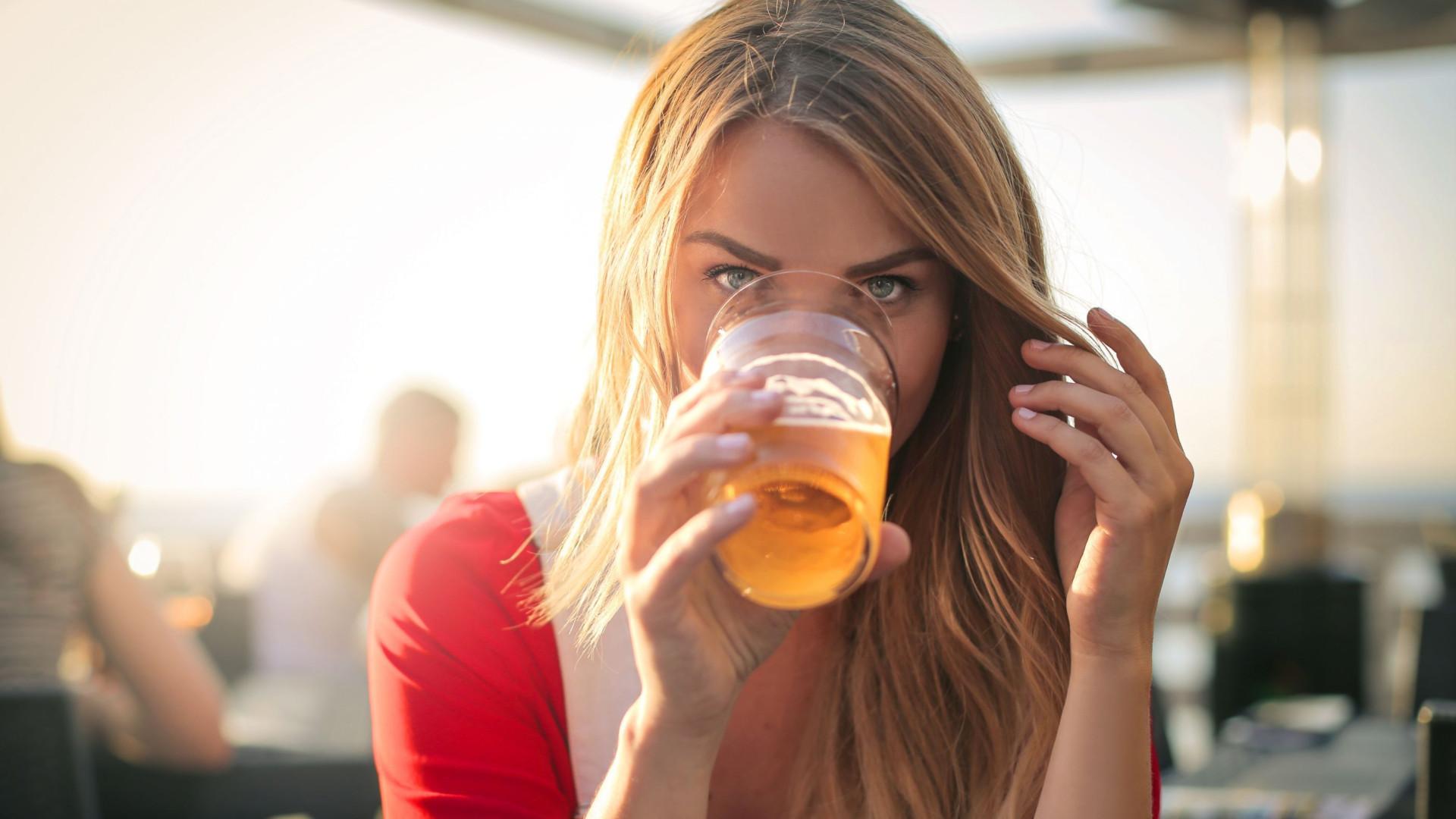 Cerveja engorda? Pelo contrário, novo estudo diz que não