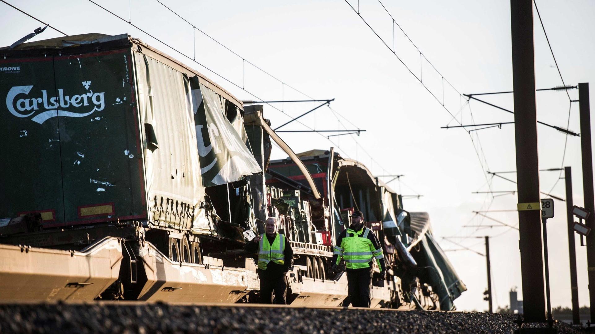 Acidente de trem em ponte da Dinamarca deixa mortos e feridos