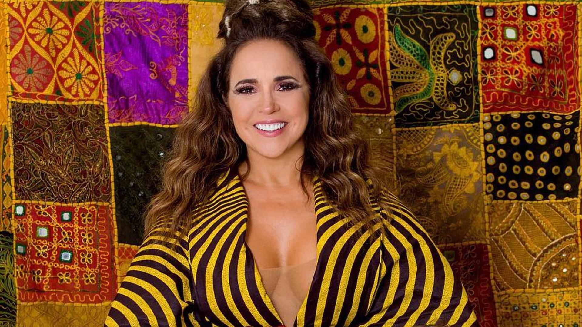 Mesmo com garoa, bloco de Daniela Mercury dura mais de 5h em São Paulo