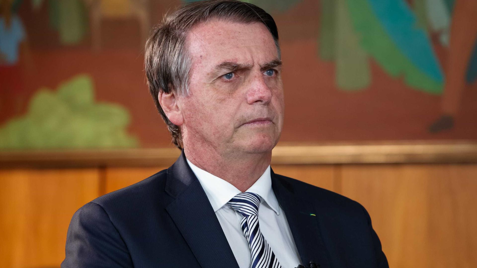 Bolsonaro chega a Davos nesta segunda; Mourão assume a Presidência