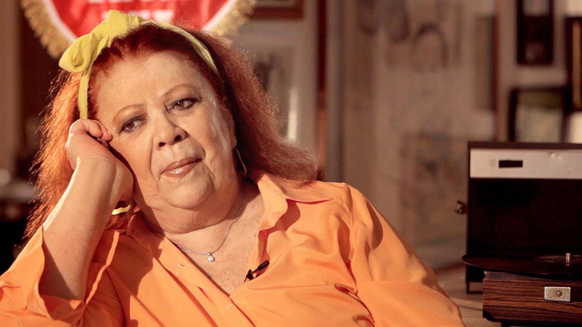 Grammy homenageia João Gilberto e Beth Carvalho durante a cerimônia