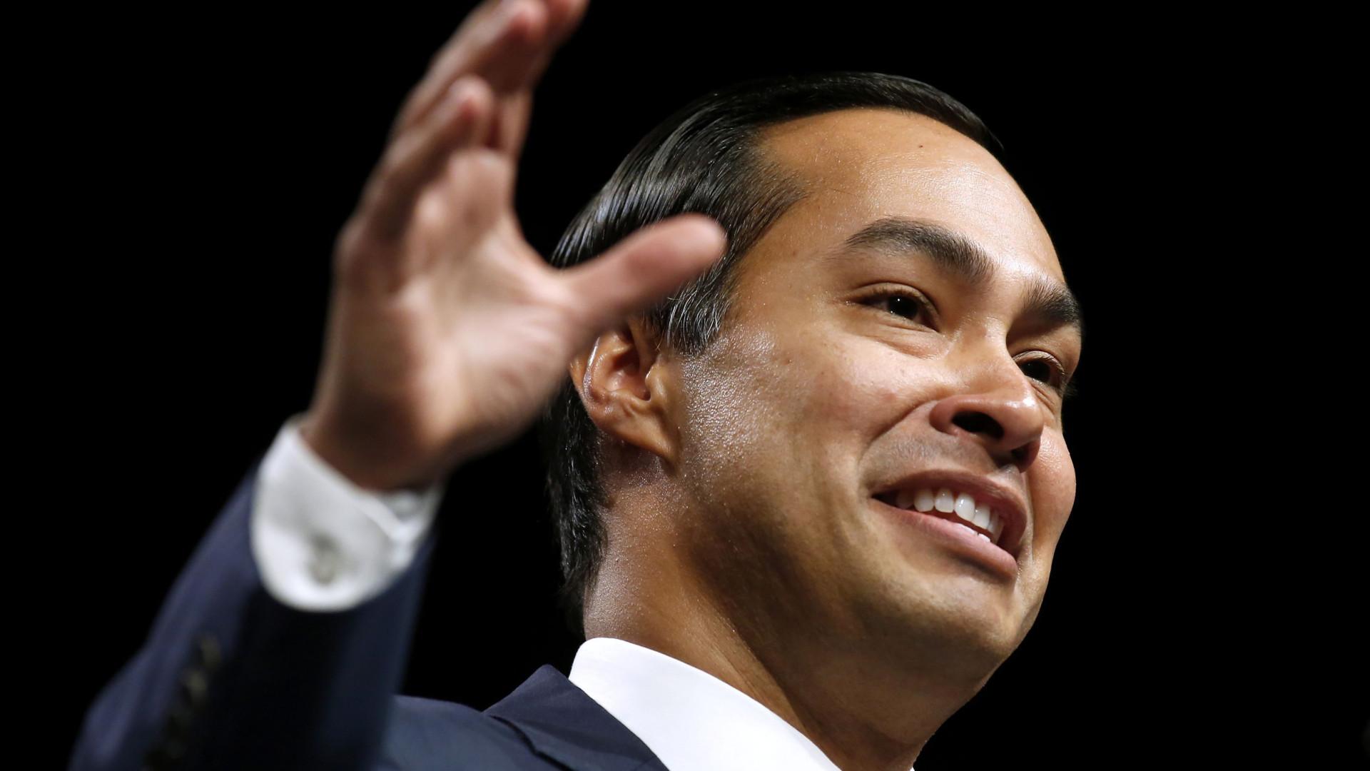 Democrata Julián Castro anuncia candidatura à presidência dos EUA