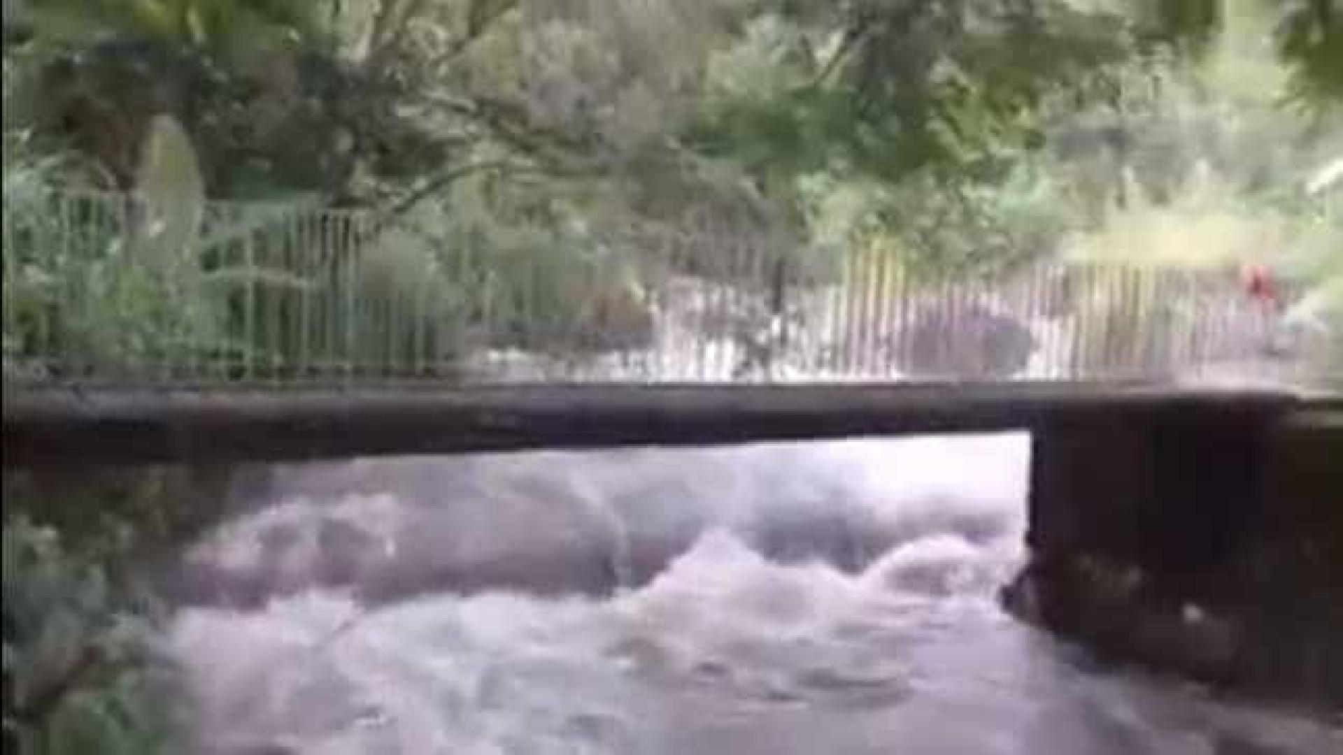 Cabeça d'água deixa morto e desaparecidos em Itatiaia, no Rio