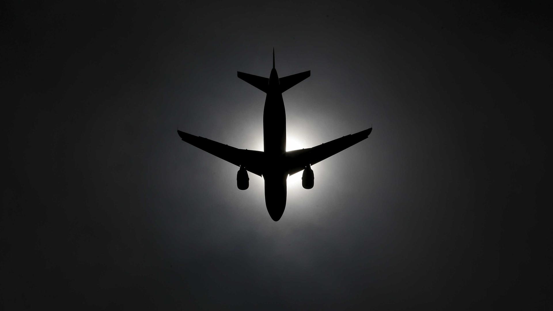 Avião arremete para não colidir com outro em Fernando de Noronha