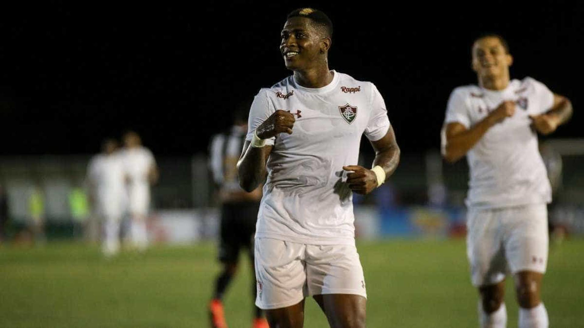 Fluminense sofre pressão, mas vence Portuguesa com gol de novo xodó