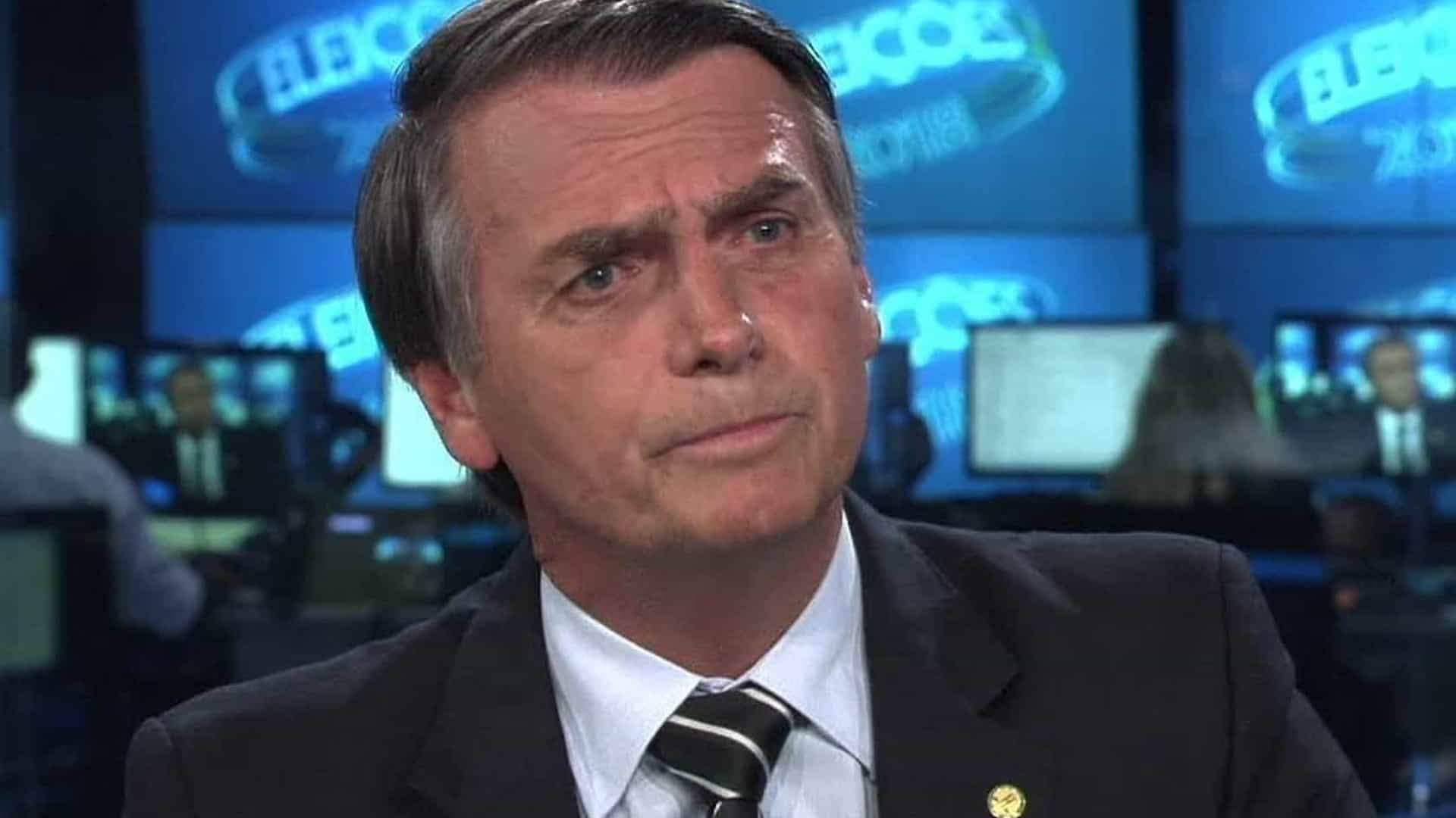 Globo rebate Bolsonaro sobre polêmica da ditadura: 'Ta brincando?'