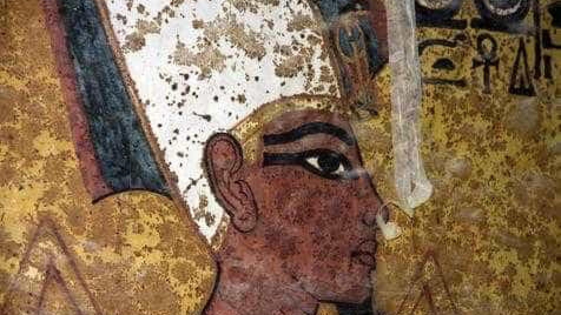 Tumba de Tutankhamon é reaberta após 10 anos em restauração