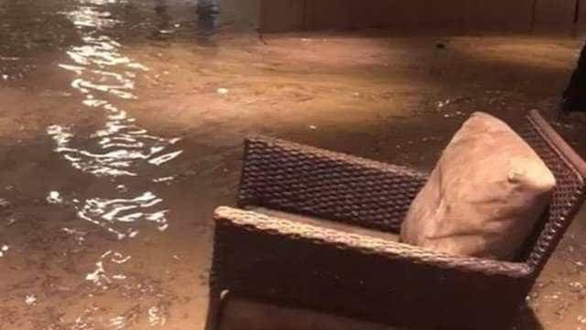 Vídeo mostra hotel de luxo inundado durante temporal do Rio