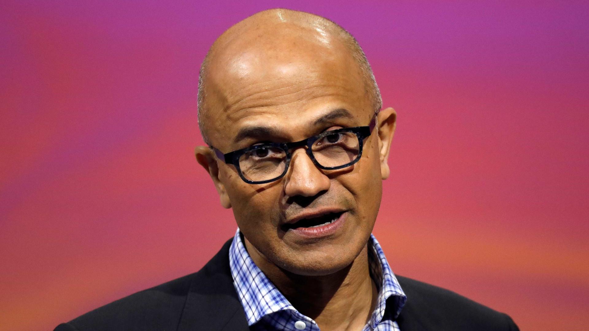 Devemos pensar nas consequências das tecnologias, diz CEO da Microsoft