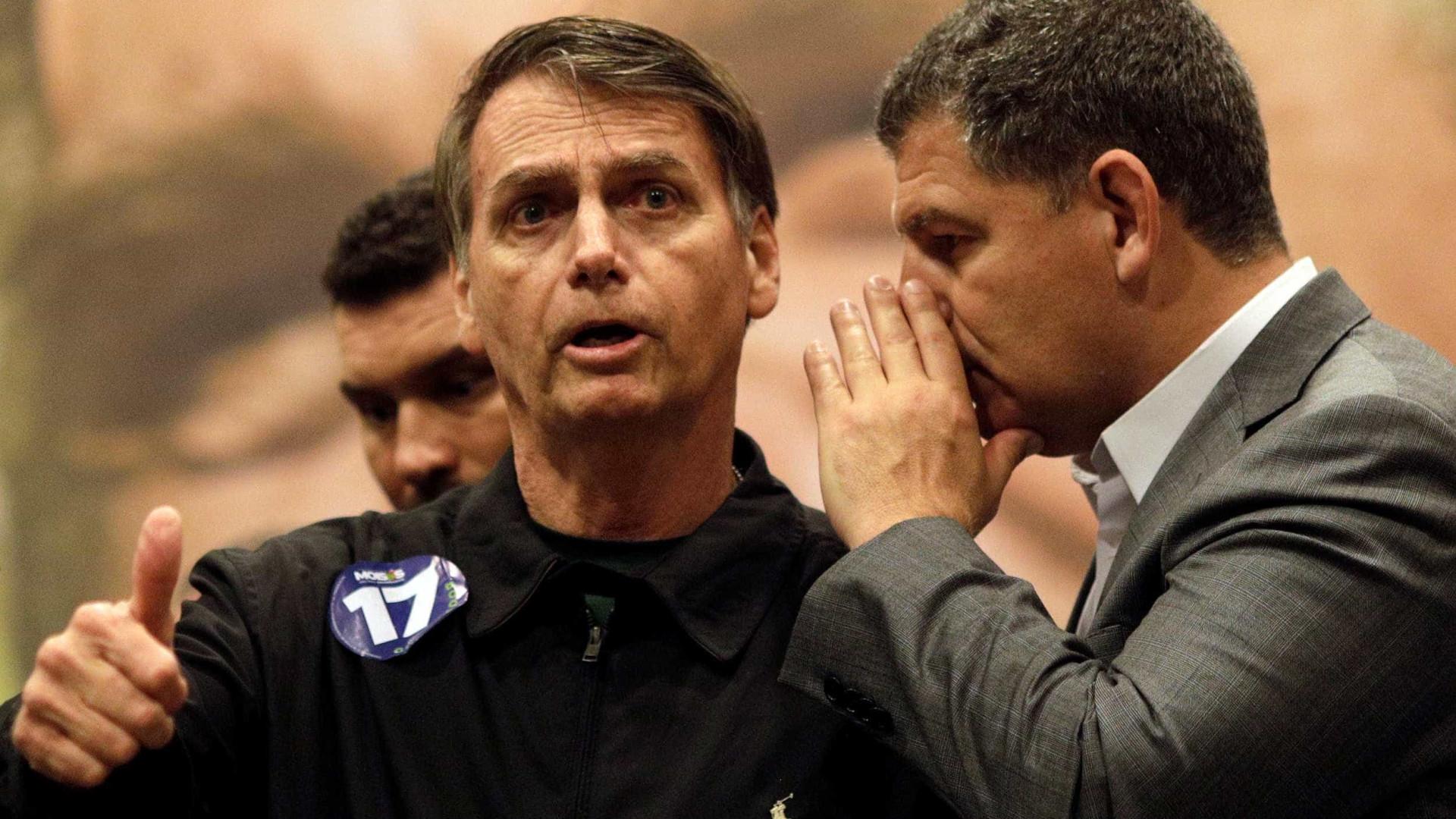 'Ele tem meu carinho e amizade', diz Bebianno sobre Bolsonaro