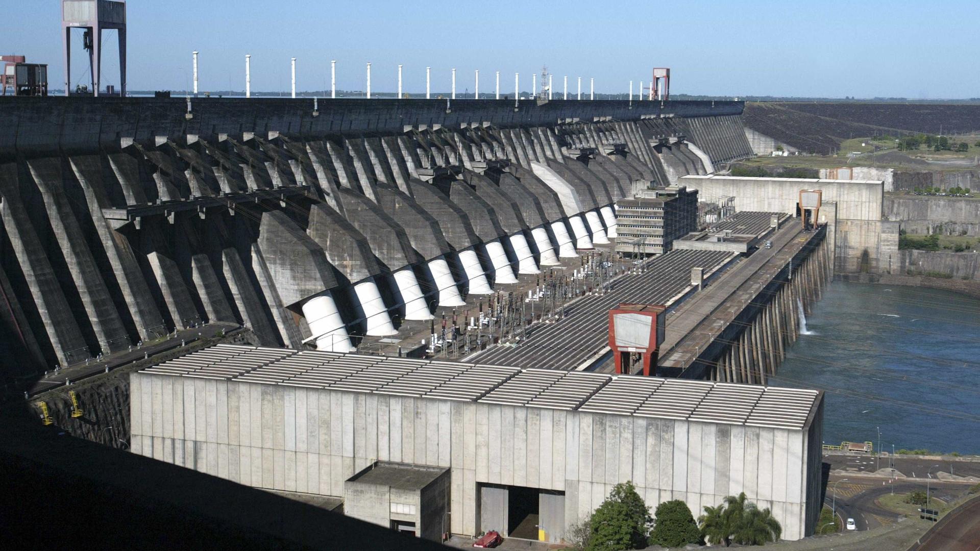 Pior crise hídrica em 90 anos expõe falhas do modelo elétrico