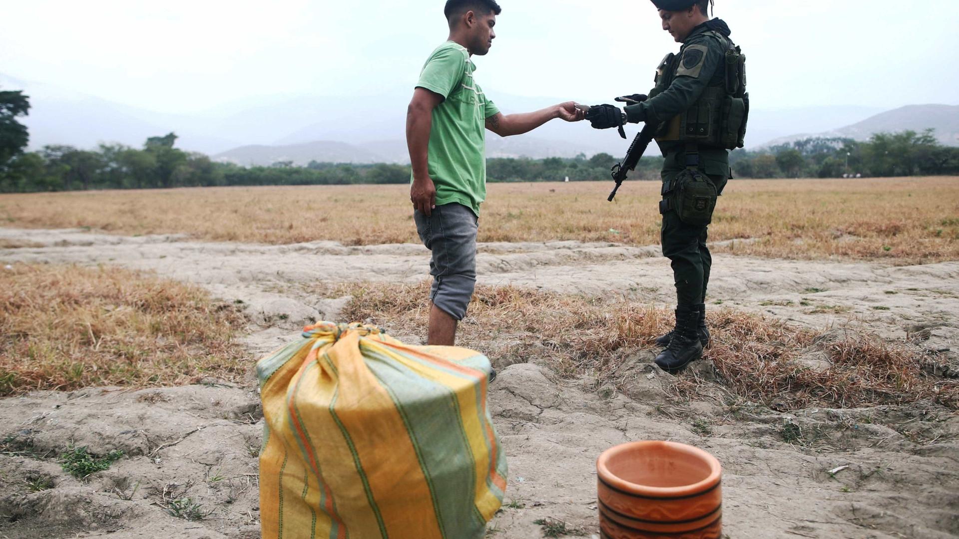 Exército impede entrada de líder e estudantes indígenas na terra deles