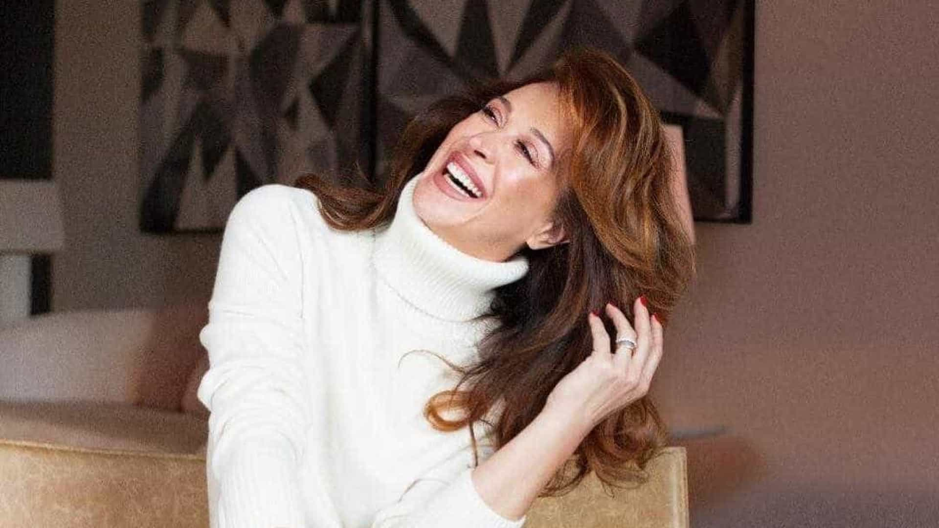 Claudia Raia diz que o Brasil é machista e não valoriza a mulher de mais de 50 anos