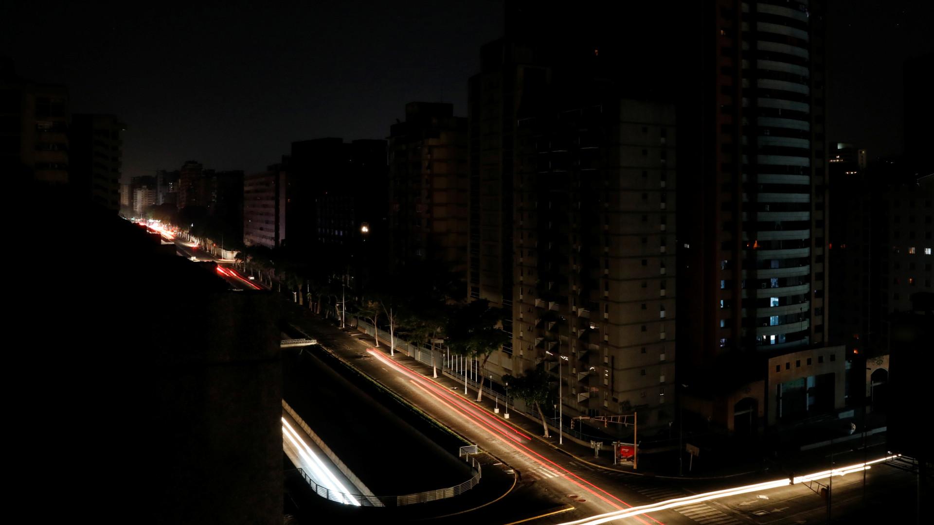 ONS descarta relação de apagões de sábado no RJ e MG com crise hídrica