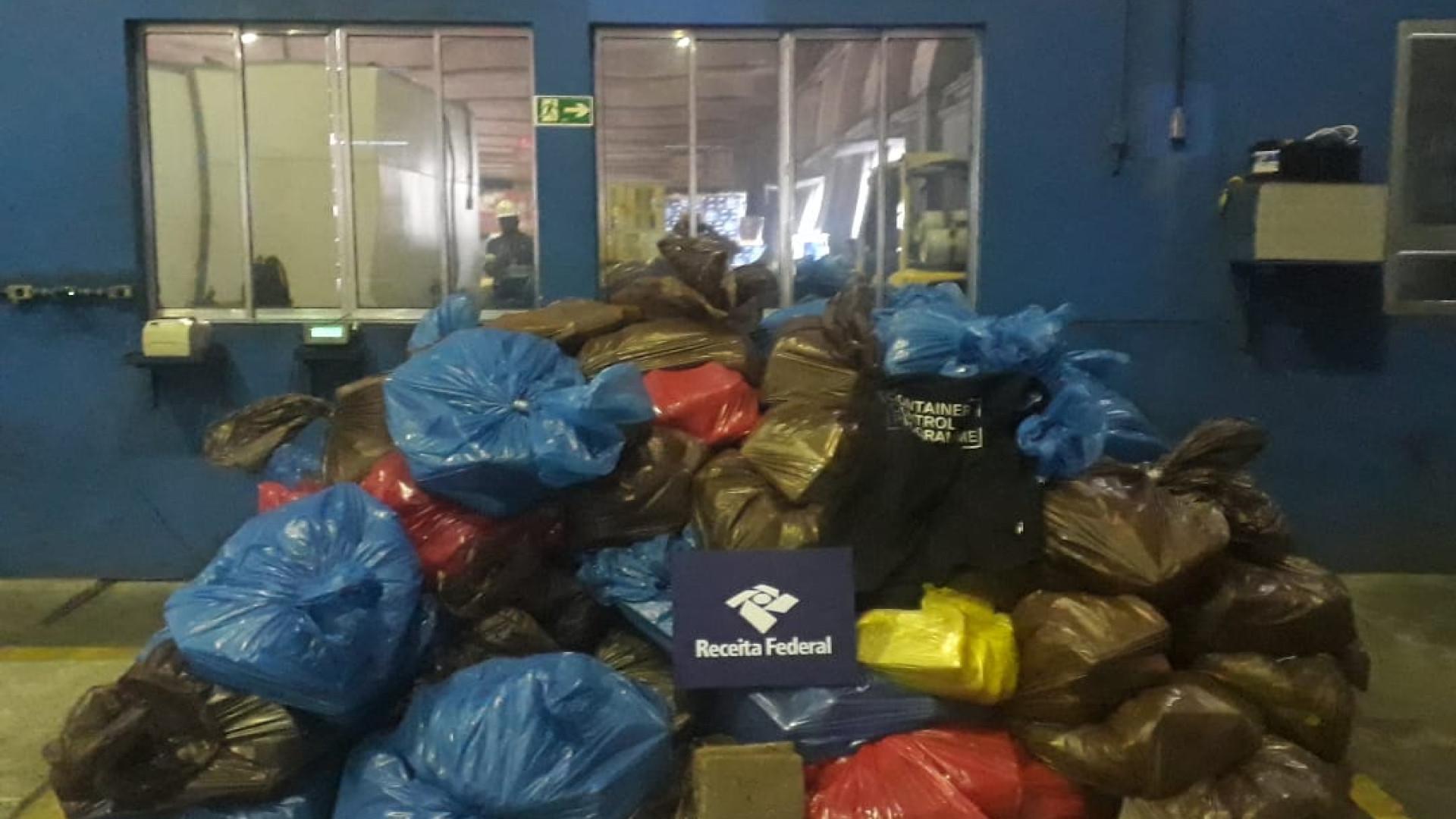 RF localiza 1.787 quilos de cocaína em carga no Porto de Santos
