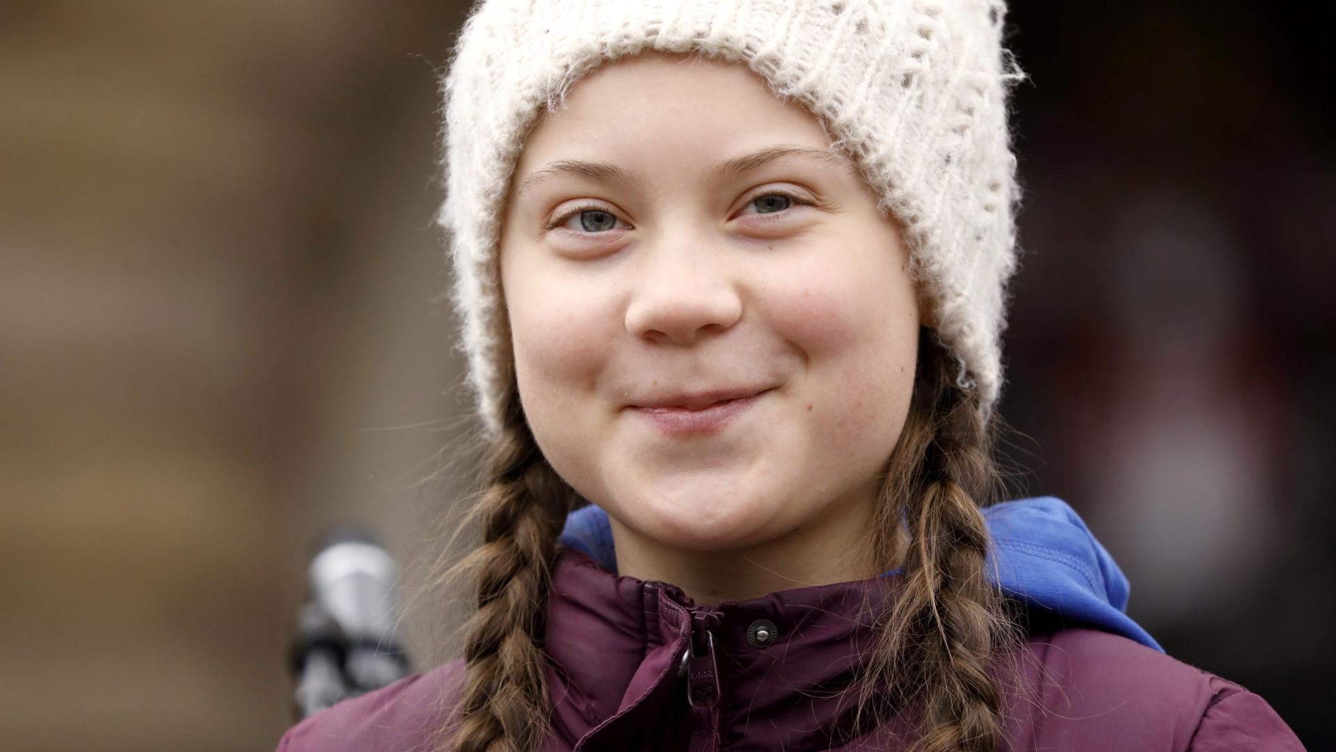 Sueca de 16 anos é indicada ao Nobel da Paz por 'greve climática'