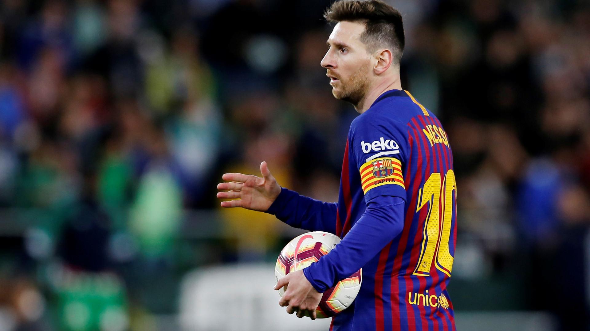 Sob pressão, Barça e Real duelam em possível último clássico de Messi no Camp Nou