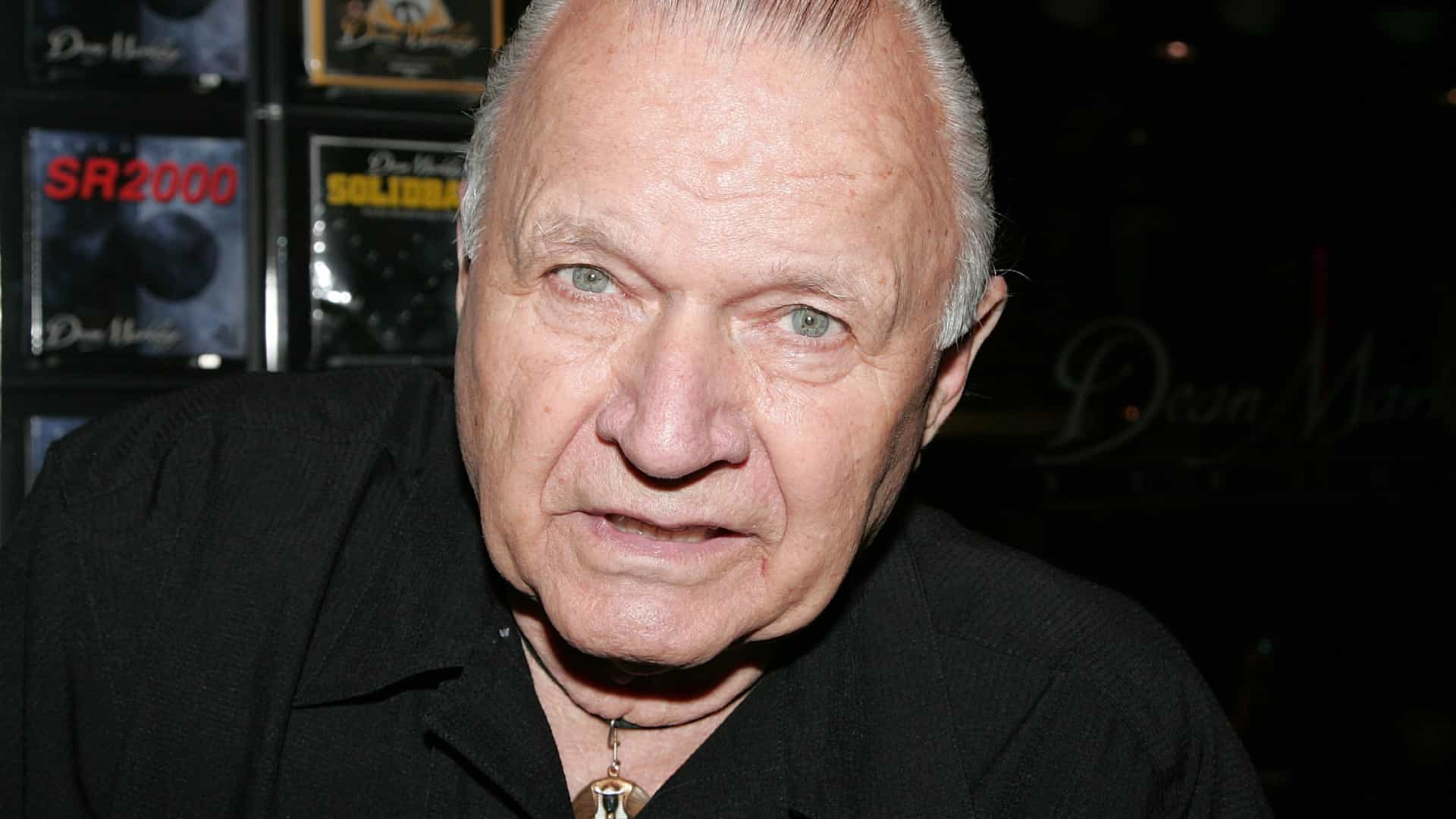 Morre Dick Dale, criador do surf rock e autor do tema de 'Pulp Fiction'