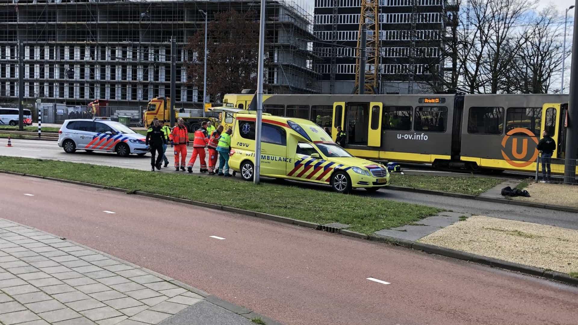 Atirador mata 3 em transporte público na Holanda e é preso