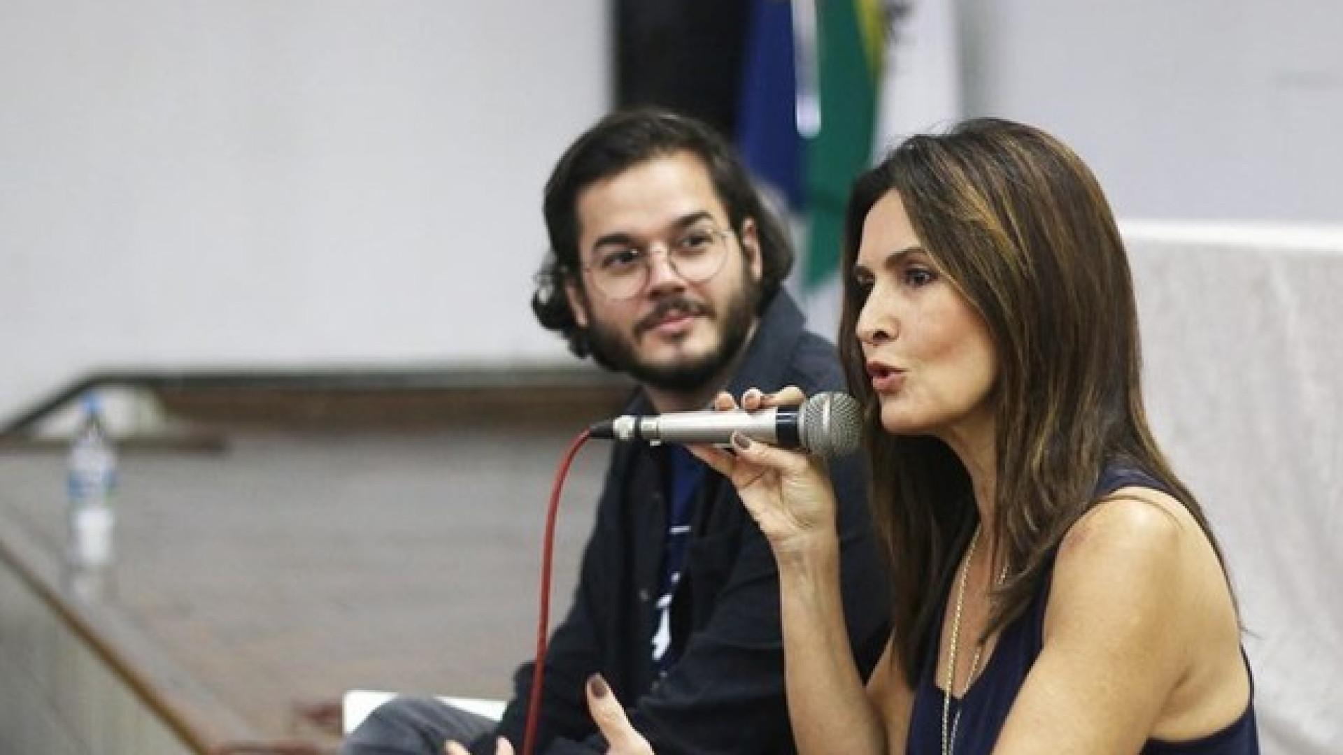 Fátima vira convidada especial em aula de Túlio Gadêlha