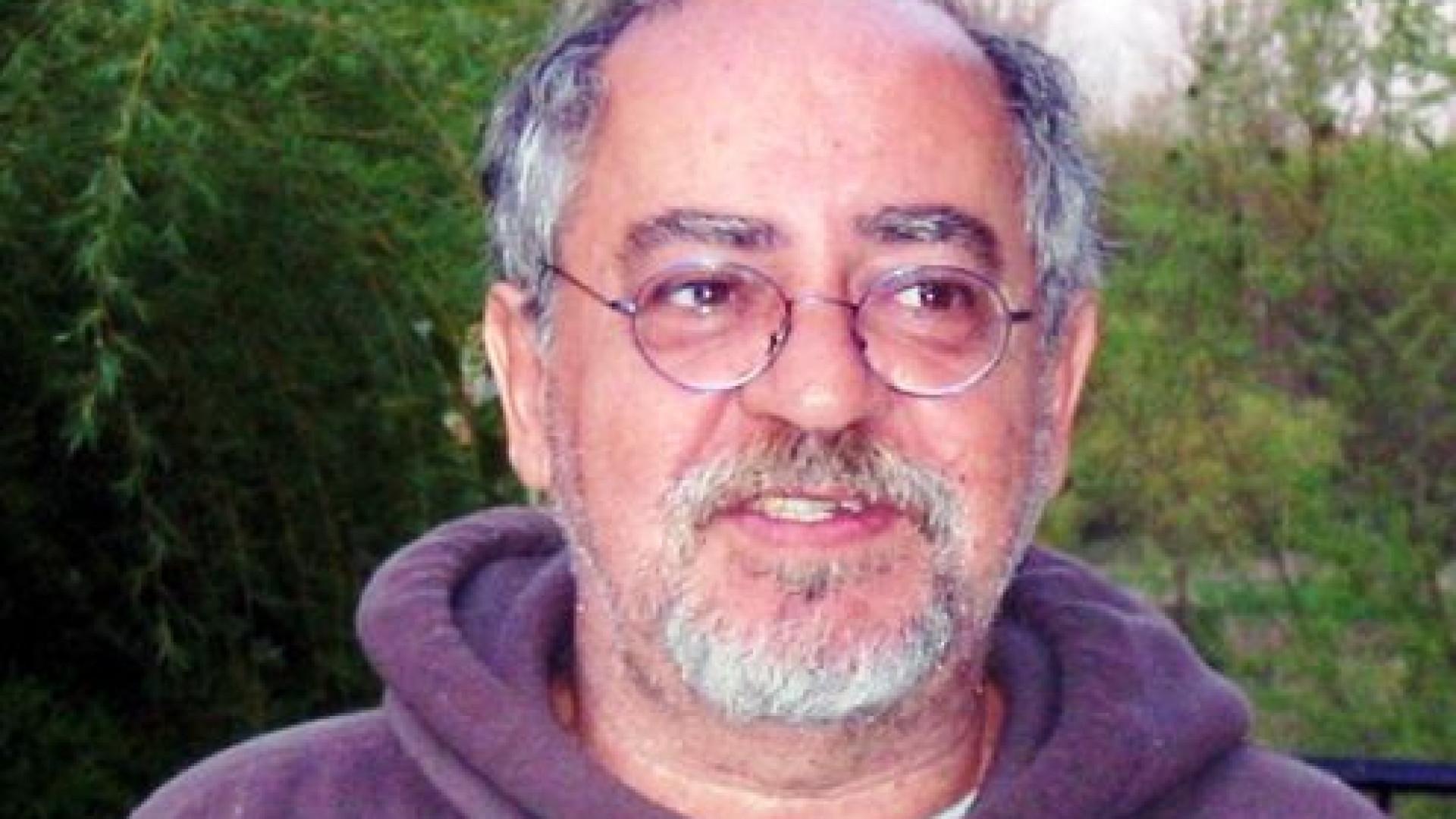 Escritor e antologista Flávio Moreira da Costa morre aos 77 anos